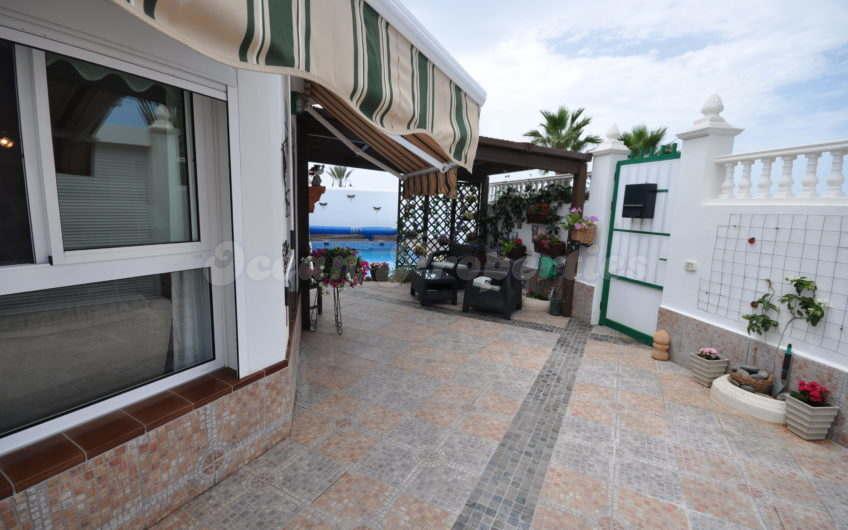 Playa San Juan, Villa