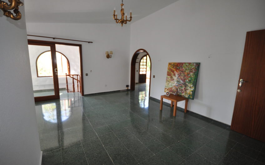Chayofa, Villa